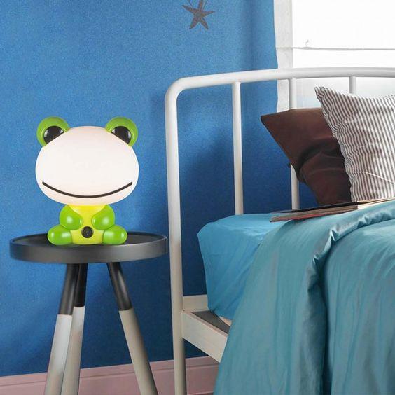 Lamapra infantil rana para mesa de luz