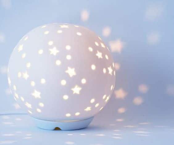 Luz para dormir con proyector de estrellas
