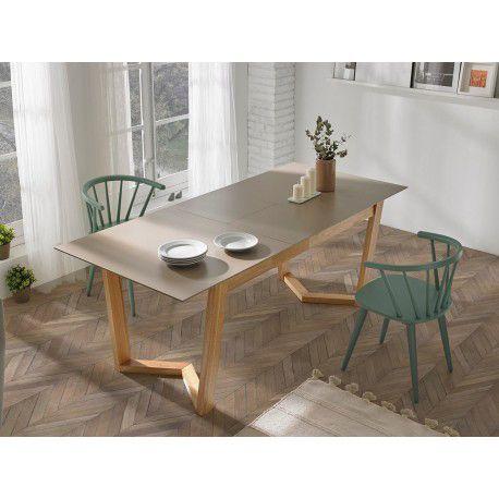 Mesa de comedor de MDF y patas de madera