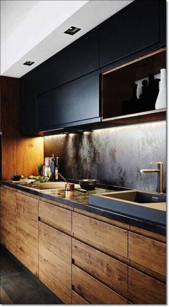 cocina elegante negra y madera