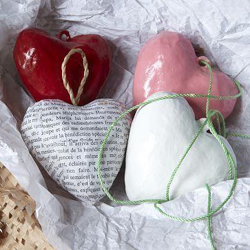corazones con cartapesta