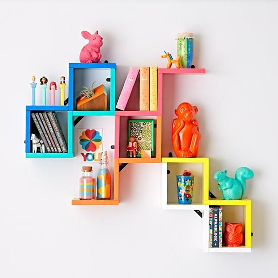 estanteria escalonada colorida infantil
