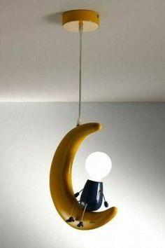 lampra infantil con forma de luna colgante