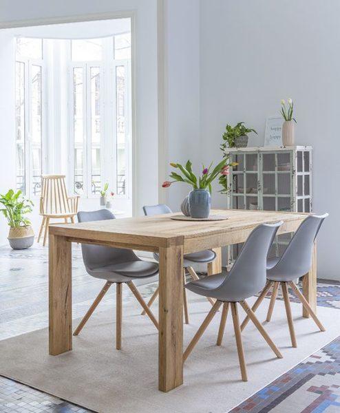 mesa de comerdor de madera moderna