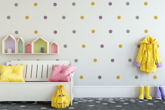 pintar pared infantil con lunares