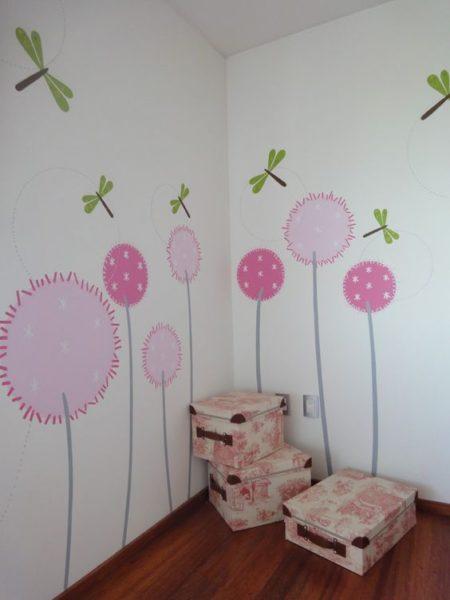 vinilo dormitorio niñas con flores