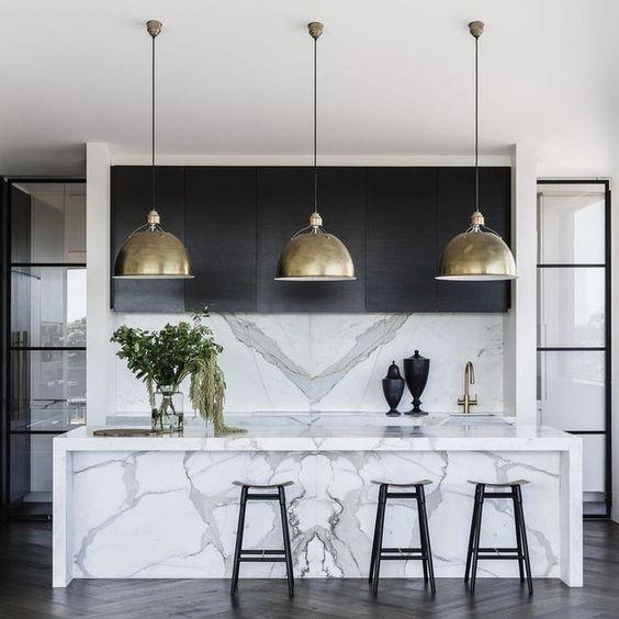 cocina de marmol italiana moderna