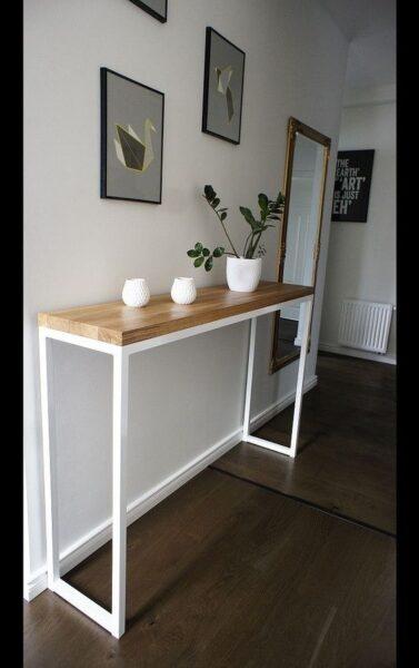 mesa recibidor minimalista