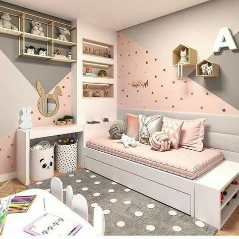 pared gris y rosa