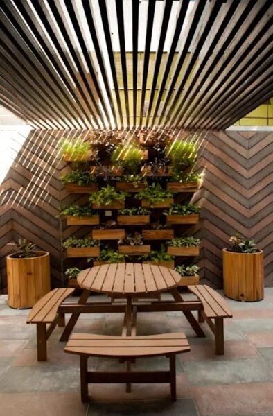 pequeño patio moderno sin cesped