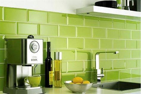 salpicaderocon azulejos verde lima