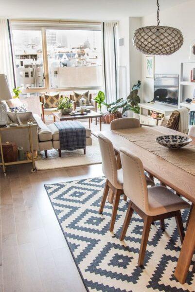 separa living comedor con alfombras