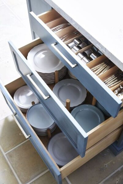 separadores para organizar cajones de cocina