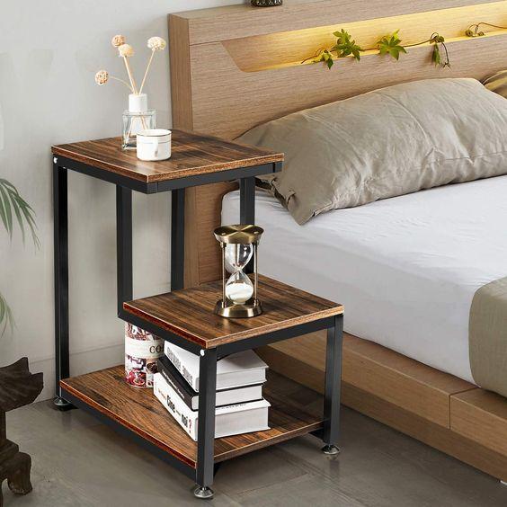 Mesa noche estilo industrial de madera y hierro