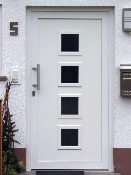 Puertas de entrada para casa de pvc blanco