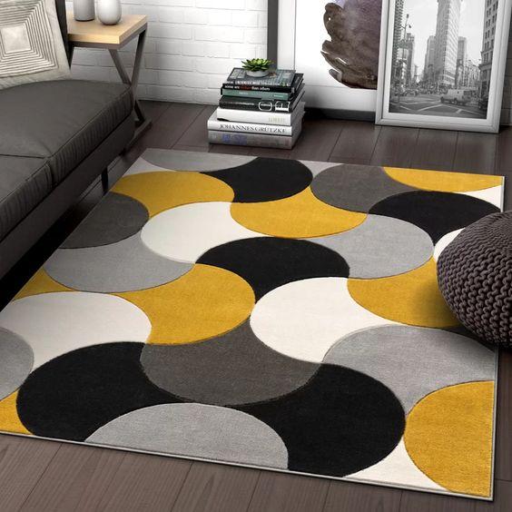 alfombra alegre para living con pisos oscuro