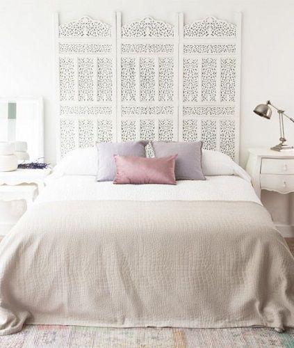 cabecero de cama con biombo blanco
