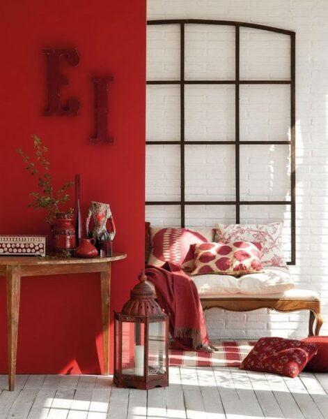 combinar rojo y blanco en sala de estar