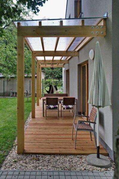 galerias para casas pequeñas con techo de policarbonato