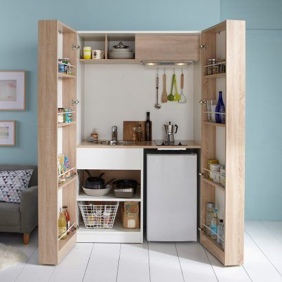 modelo de kitchenette con puerta moderna