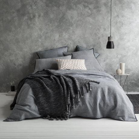 pared con tecnica de la esponja en gris simil cemento