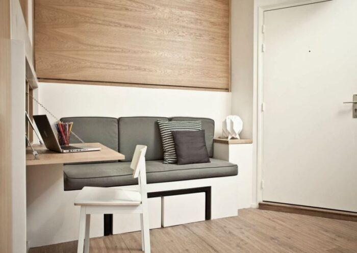 pequeño escritorio plegable moderno